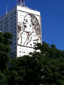 Evita on the side of the building along Avenida 9 de Julio
